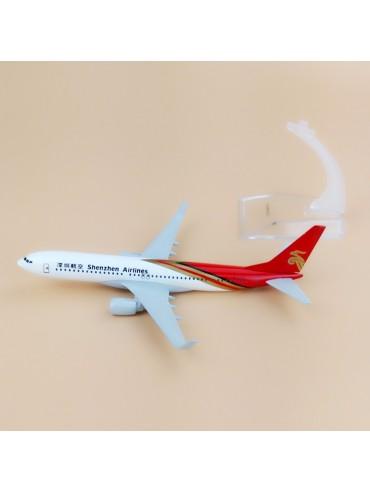 Shenzhen Airlines Boeing 737