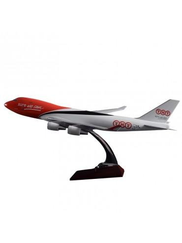 XL TNT Express Boeing 747