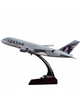 47cm Qatar Airways A380