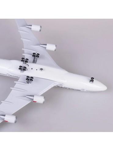XL Qantas Boeing 747