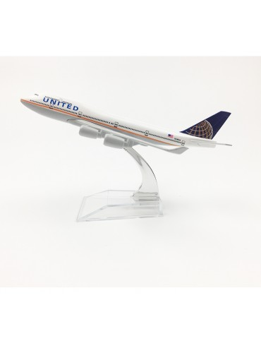 United Airlines Boeing 747