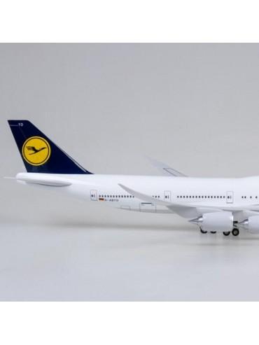 XL Lufthansa Boeing 747