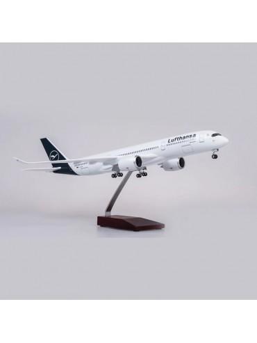 XL Lufthansa Airbus A350