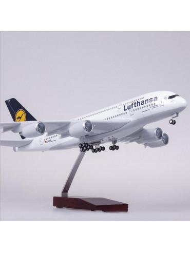 XL Lufthansa Airbus A380